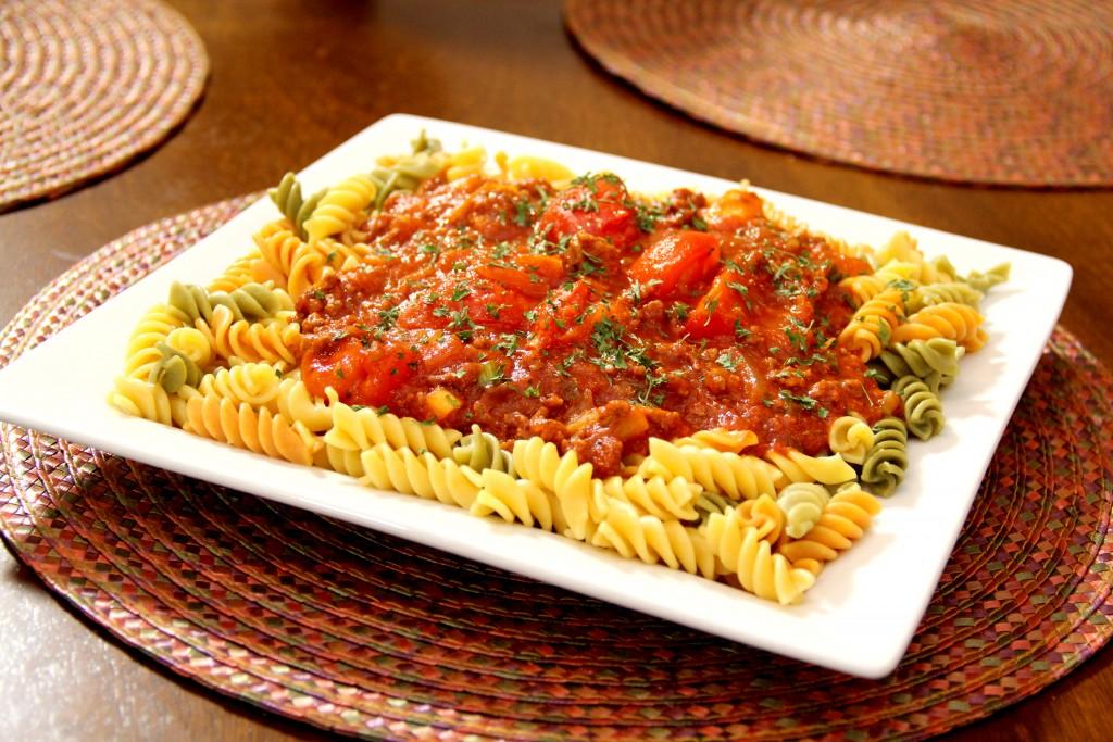 Veggie Rotini & Meat Sauce